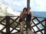 אמה ואליזבט בראש הניקרה Emma and Elisabeth in Rosh Hanikra