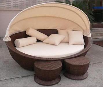 מיטת שיזוף מפנקת עגולה