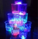 כוס עם נורות לד צבעוניות