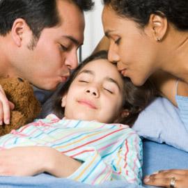ילד מוכן לישון רק במיטת הורים - טיפול הומאופתי