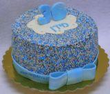 עוגת סוכריות בגוונים כחול-לבן-כסוף