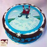 עוגה מצופה בגנאש שוקולד, עם הדפס מעל