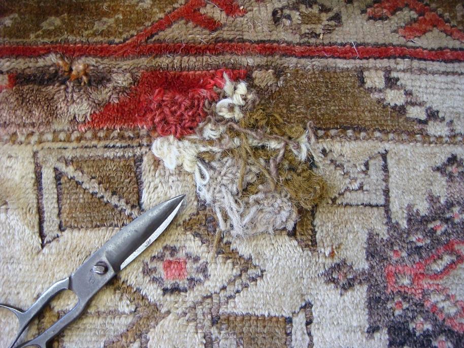 מילוי חור לשטיח וגזיזה