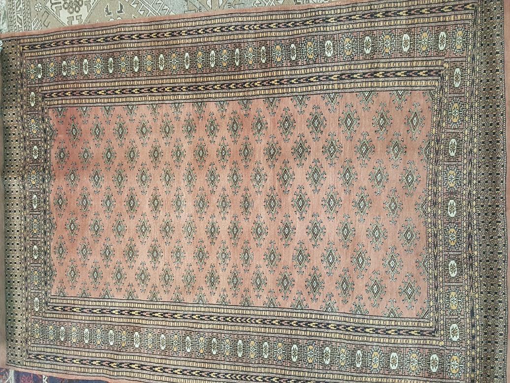 שטיח פקיסטני צפוף ביותר