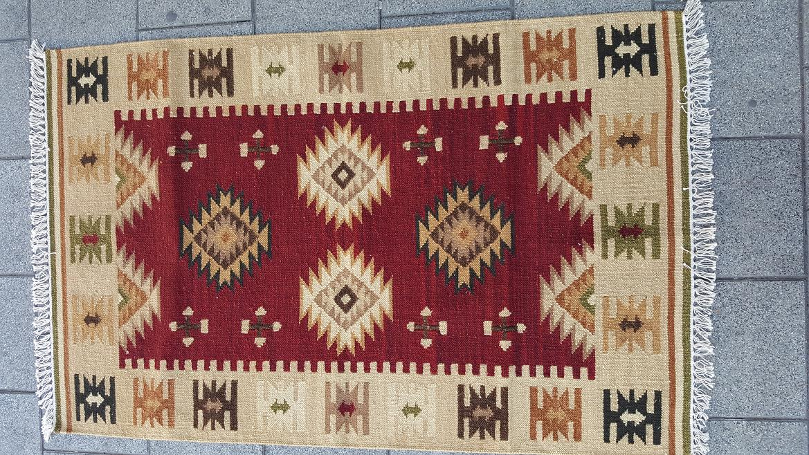 שטיח קילים בורדו