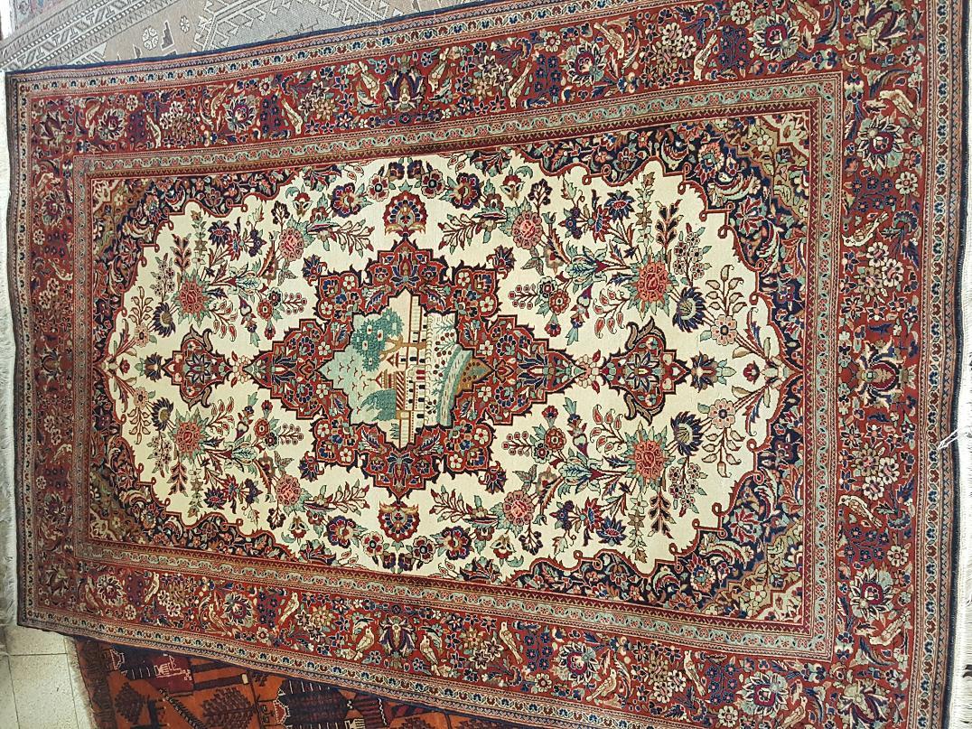 שטיח קשן מיוחד עתיק