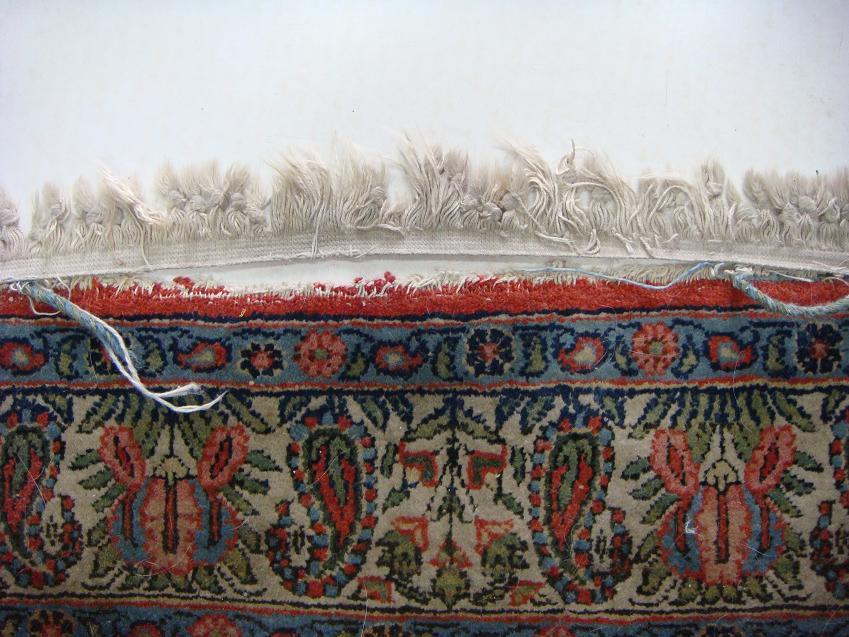 שטיח קום שנפרמו לו הפרנזים