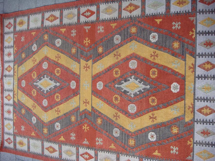 שטיח קילים אפור גזר