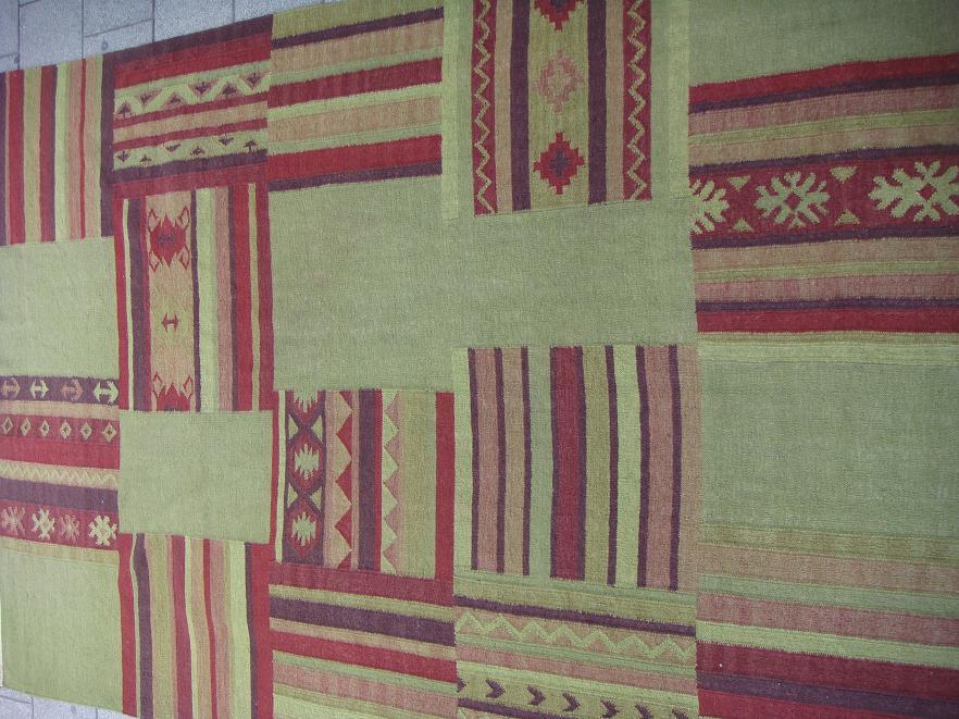 שטיח קילים טלאים ירוק