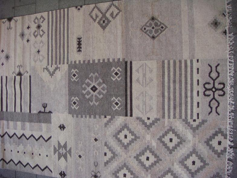 שטיח טלאים טבעי