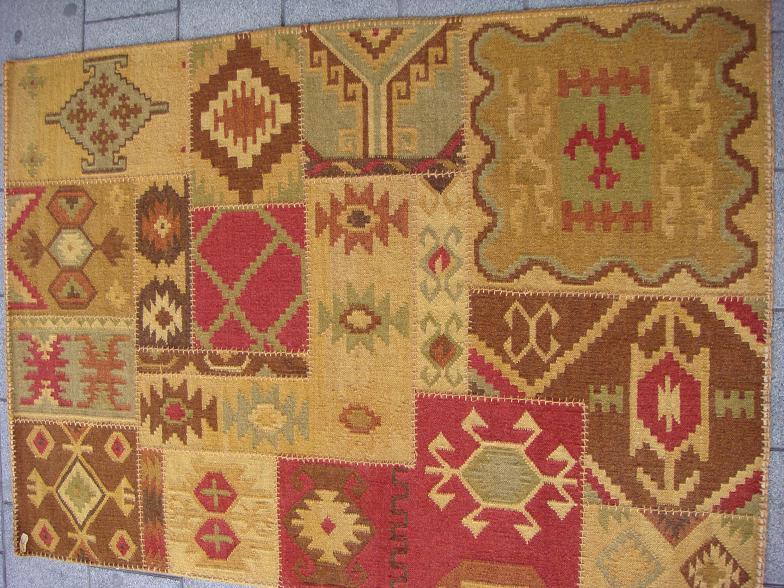 שטיח קילים טלאים חום אדום ירקרק