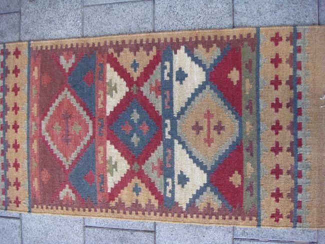 שטיח קילים קטן עבודת יד צמר