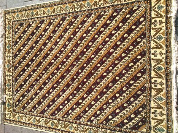 שטיח קבקזי איכותי דוגמה פסים אלכסון