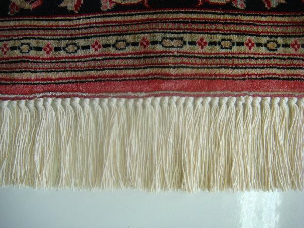 פרנזים לשטיח פרסי קום משי