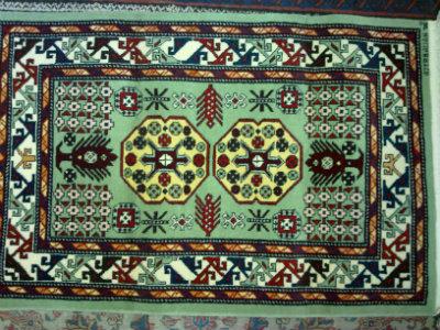 שטיח קבקזי