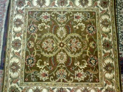 שטיח מרובע 152 ס''מ