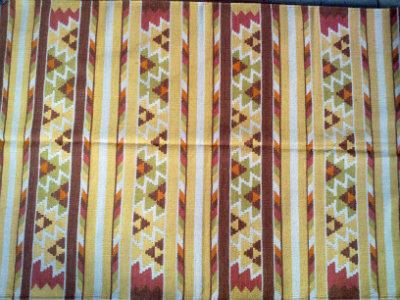 שטיח קילי צהוב חום