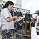 שימוש באוטומציה ורובוטים שיתופיים-קובוטים מפחית 70% מפציעות במפעלים