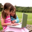 המטה הלאומי להגנה על ילדים ברשת: כמה זה יותר מדי? ילדים, הורים וזמן מסך