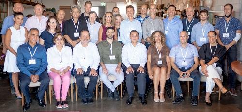 נציגי הסטארטאפים, שנבחרו להשתתף בתכנית ונציגי השות