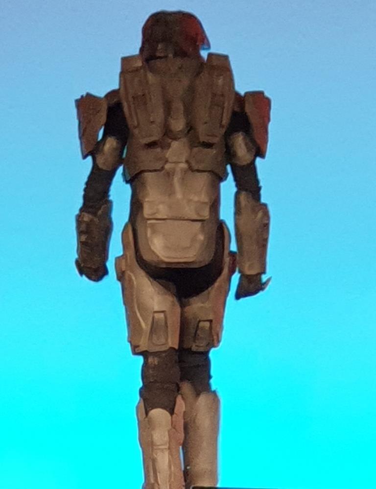 הרובוט מאחור
