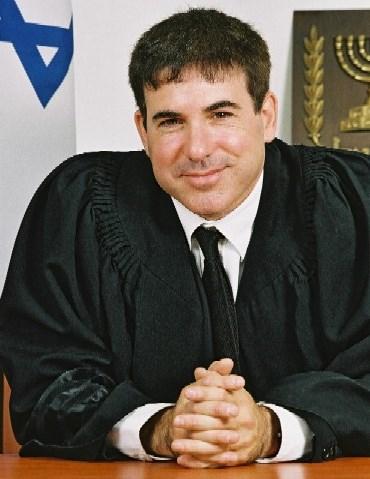 מיכאל תמיר, שופט