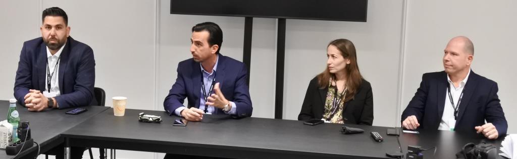 ערן אלבז עם צמרת VMwaree ישראל
