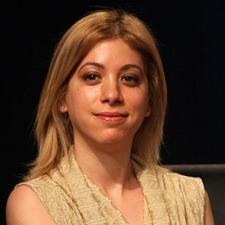 """עו""""ד דנה נויפלד, היועצת המשפטית של משרד התקשורת"""