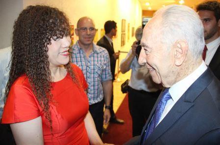 הנשיא פרס עם מייסדת מארוול ווילי דאי