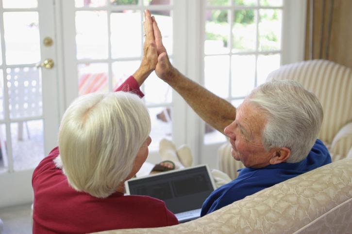סבא וסבתה באינטרנט