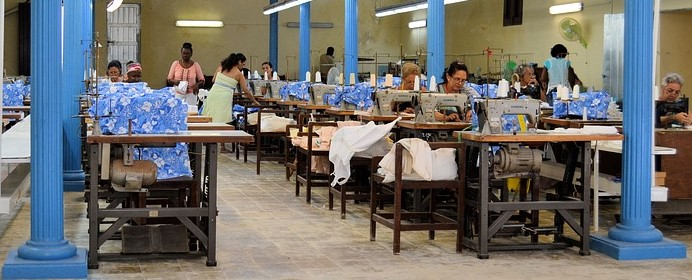 SEWING FACTORY FREE
