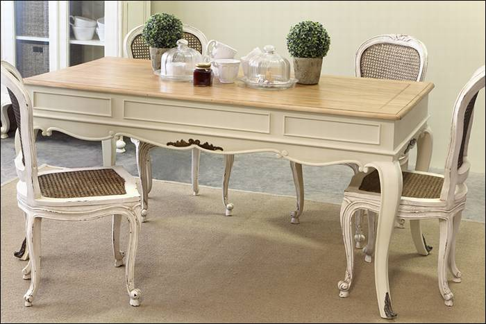 שולחן אוכל - Antique Table