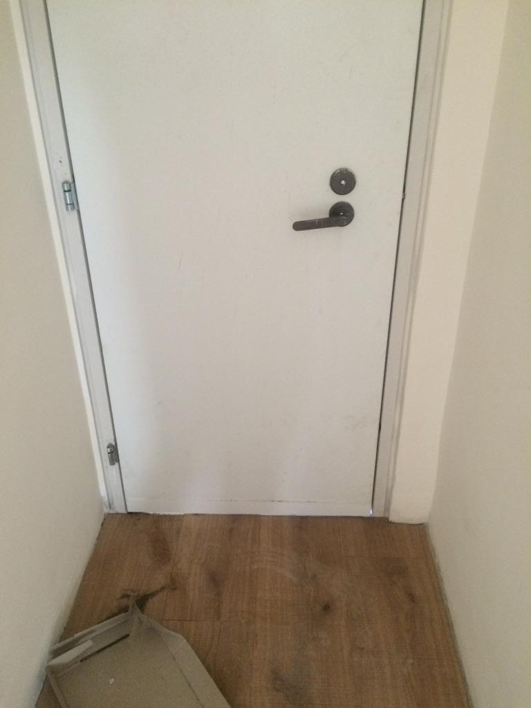 """קיצור דלת ממ""""ד לפרקט"""