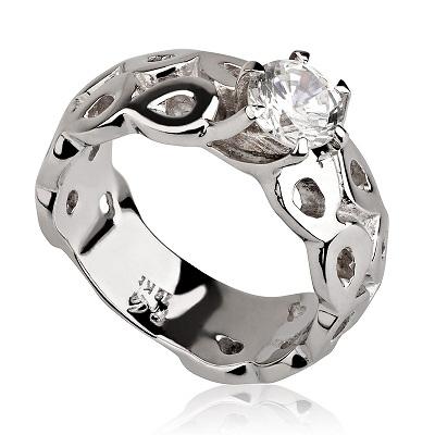 טבעת אירוסין - Interesting