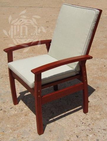"""כסא עץ דגם """"רומא"""""""