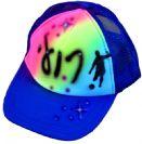 כובע כחול אייר בראש