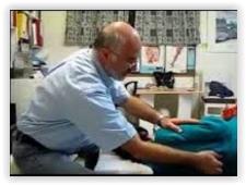 שלמה קליין מטפל טיפול אישי בגב בשיטת פלדנקרייז
