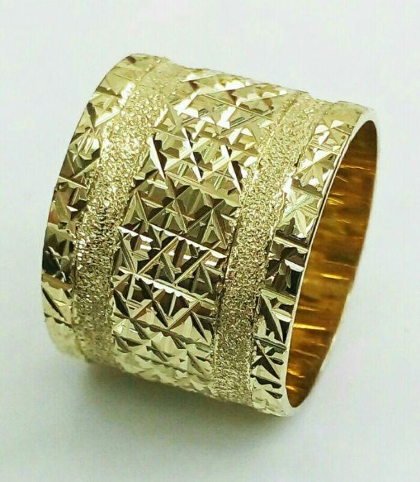 טבעת נישואין זהב צהוב 14k שטוחה עם חריטות בחיתוך יהלום (4330)