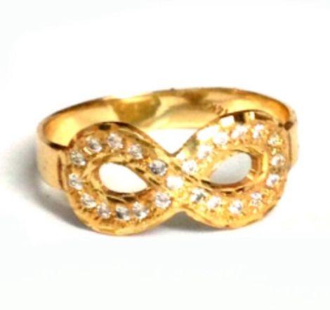 טבעת זהב Infinity משובצת אבני חן