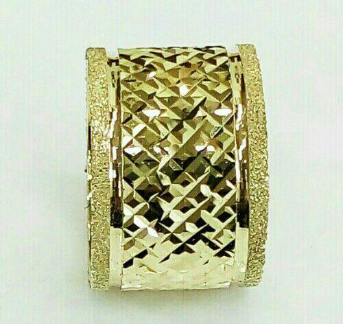 """טבעת נישואין, רוחב 12 מ""""מ, עם חריטה בחיתוך יהלום (4220)"""