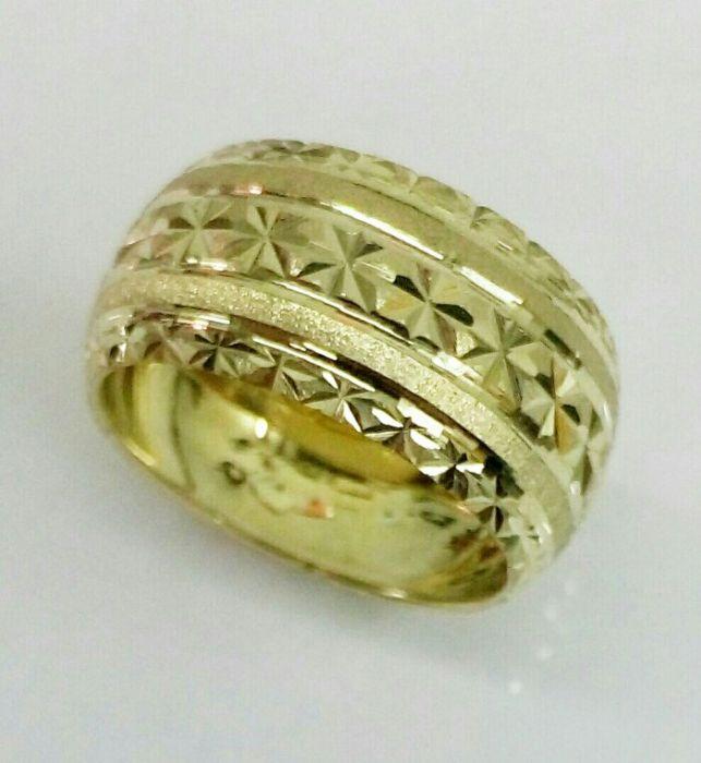 טבעת נישואין מחוספסת ושורות כוכבים בעיצוב מיוחד (4032)