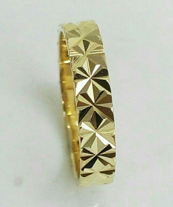 טבעת נישואין עדינה ומנצנצת שורת כוכבים (4150)