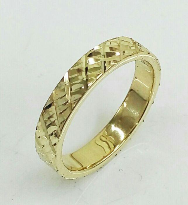 """טבעת נישואין לגבר רוחב 4 מ""""מ (4465)"""