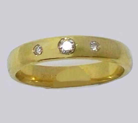 טבעת זהב עבה לגבר ושלושה אבנים (4475)