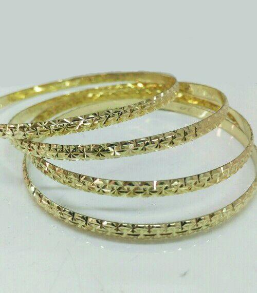 צמיד זהב דק עם חריטה כוכבים נוצצים (2090)