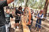 הפעלה לעובדי חברה ביער בראשית של גלגל חוטים. בעזרת עבודת צוות ונחישות תצליחו לפתור את החידה