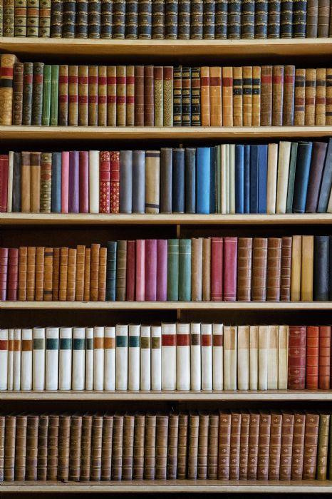 דלת ספריה
