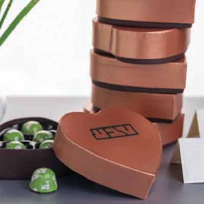 מארז שוקולד לב