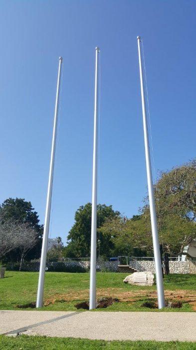 תורן אלומיניום קוני בגובה 10 מטר התקנה במכון וייצמן
