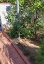 הסרה של תורן פלדה 5 מטר הצמוד לשביל טרה קוטה בבית שגריר סרי לנקה בהרצליה פיתוח